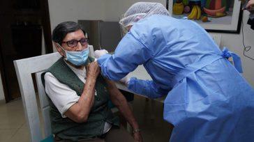 Vacunación en los hogares geriatricos inició en Bogotá el personal de la salud.    Rafael Camargo La alcaldesa de Bogotá Claudia López confirmó el inicio de vacunación para […]