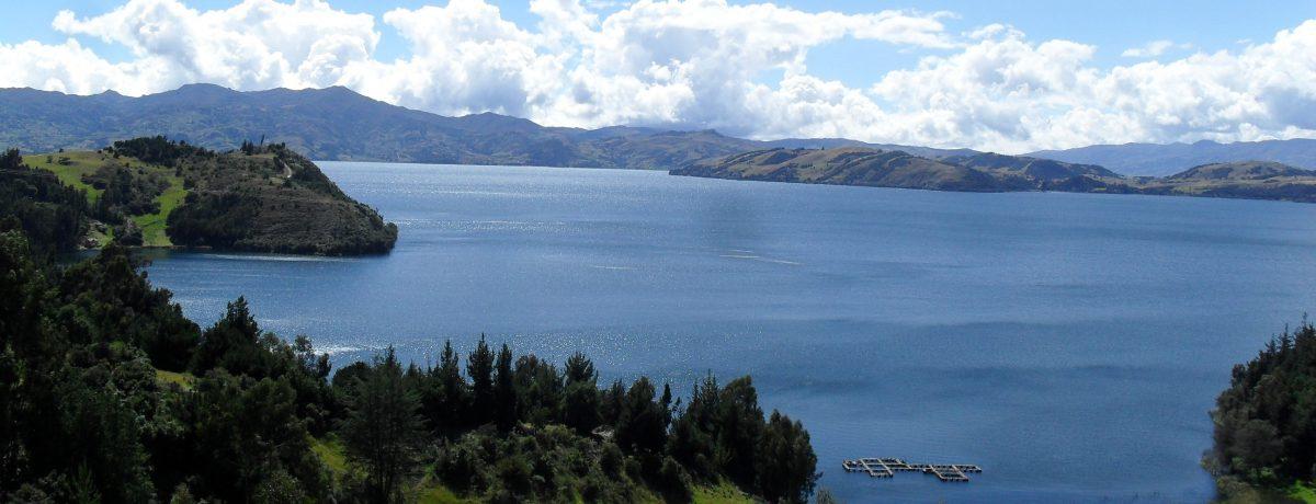 La laguna de Tota se encuentra en el departamento de Boyacá.Es el lago más grande de Colombia, posee playas de arena blanca y el agua es limpia y traslúcida; es […]