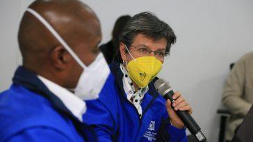 La alcaldesa de Bogotá Claudia López y el director del IPES, Libardo Asprilla despacharon desde esta institución.    La Alcaldesa Claudia López firmó el Decreto 092 del 24 […]