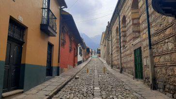 Bogotá como ciudad tiene una de las historias más importantes de Colombia. Hoy la capital de los colombianos en su zona histórica a pesar de sus calles, edificios y viviendas […]
