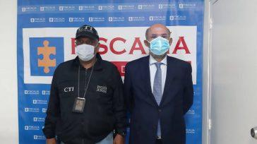 Confidencias: ALTA TENSIÓNEx magistradoFrancisco Ricaurte, se presentó ante las autoridades.   CASI QUE NO Por segundo día consecutivo el ex magistradoFrancisco Ricaurte se presentó junto con su abogado en […]