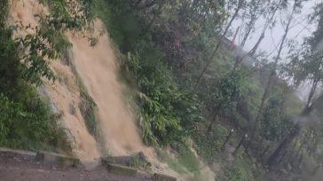 Las fuertes lluvias en el km 58 de la Vía al Llano, jurisdicción de Guayabetal, y en las poblaciones de Ubalá y Medina, bloquearon la carretera.   La Unidad […]