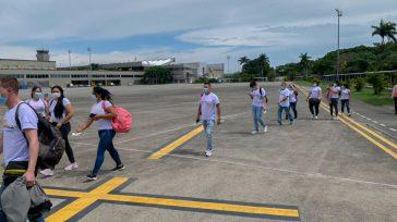 Los voluntarios listos para salvar vidas. Orbedatos Un equipo de 39 voluntarios de la salud que integran 'Misión Colombia',unodelosprogramasabanderadosporlaSuperintendenciaNacionaldeSalud durante la pandemia, llegó a Medellín para apoyar al talento humano […]