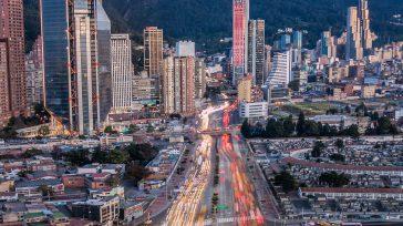 Bogotá tendrá un revolcón en materia de obras  Javier Sánchez L. Durante una nueva jornada de #DespachAndo, la alcaldesa de Bogotá, Claudia López, dio a conocer las iniciativas y […]