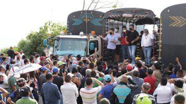 El gobernador de Cundinamarca no tuvo ningún problema en ir hasta la protesta de los camioneros y encontró que se aceptó su petición de despejar la carretera vial de la […]