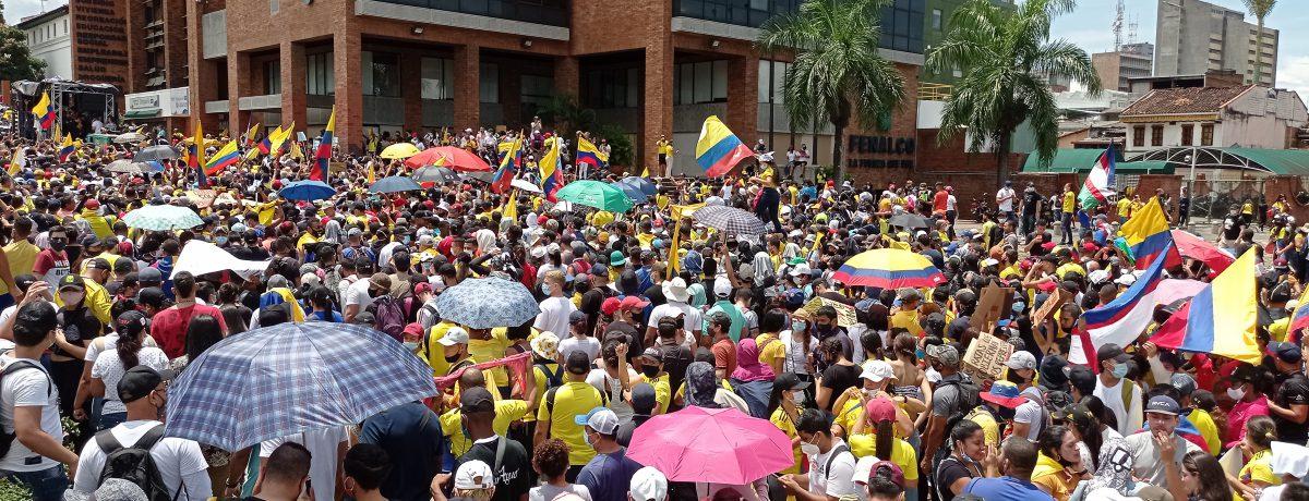 Vuelven las marchas a Colombia  Javier Sánchez Mañana miércoles 12 de mayo se realizará una protesta en todas las regiones del país, por cuanto elParo Nacional se mantiene y […]