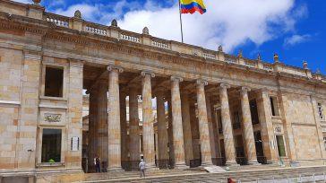 Confidencias: ALTA TENSIÓN CONGRESO EN DEUDA CON COLOMBIA   CONGRESISTAS GOBIERNISTAS SERÁN CASTIGADOS EN LAS URNAS Fernando Muñoz Jimenez, experto en temas legislativos opinó que el comportamiento de los […]