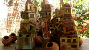 La ciudad de los Tinajones e iglesias torrenciales, es uno de los temas del ceramista camagüeyano Ramón Guerra, quien, en sus obras.   Texto y foto Lázaro David Najarro […]