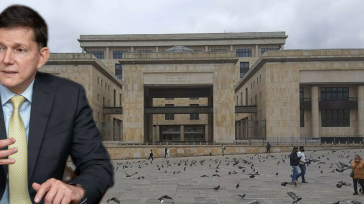 Wilson Ruiz, Ministro de Justicia   Claudio Ochoa Con el anuncio del ministro del ramo, Wilson Ruiz Orejuela, de un primer desembolso por US $ 100 millones destinados, ojalá, […]