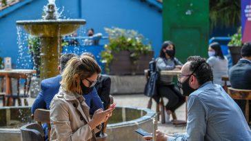 Sin restricción alguna comenzaron a funcionarios cafeterías, restaurantes y bares.    A pesar que Bogotá atraviesa por el tercer y cuarto pico de la pandemia de coronavirus las […]
