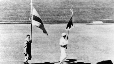30 de julio de 1932: el boyacense Jorge Perry Villate desfila por la pista del estadio de Los Ángeles, como primer colombiano en unos Juegos Olímpicos, cuando aún no existía […]