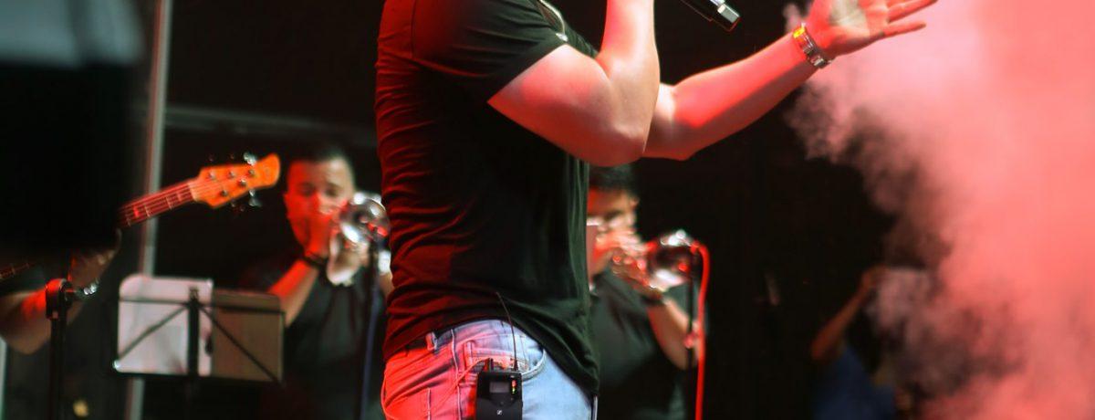 Mateo Castro   James Fuentes Quintero En nueve meses lleva tres canciones: «Necesito Olvidar», «Y Si La Ves», y su más reciente éxito «Que Seas Feliz», temas que se […]