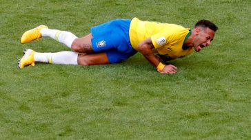 Los seguidores del Fútbol se quejan de la mitomanía de Neymar, al fingir golpes o lesiones.  Guillermo Romero Salamanca Según el diccionario de la Academia de la Lengua, una […]