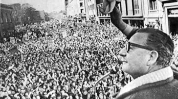 Salvador Allende  Lázaro David Najarro Pujol Abordamos bien temprano el ómnibus lleno de entusiasmo el martes 11 de septiembre de 1973. La ciudad de Camagüey era sede de un […]