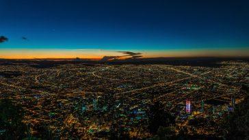 Bogotá nocturna  Claudio Ochoa España colaborará con Colombia, para implantar en Bogotá el Modelo de Destino Turístico Inteligente. Un proyecto del Ministerio de Industria, Comercio y Turismo, a través […]