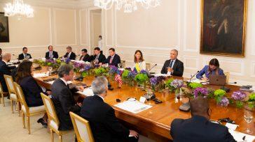 Reunión entre Estados Unidos en cabeza del Secretario de EstadoAntony Blinken con el gobierno colombiano que orienta el presidente Iván Duque, la vicepresidenta Martha Lucia Ramìrez y el ministro de […]
