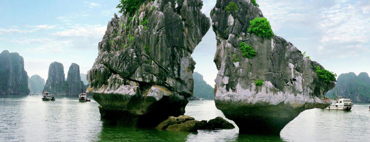La Bahía de Ha-Long en Vietnam, declarada Patrimonio de la Humanidad    VIETNAM UN PAÍS QUE SUPERA A COLOMBIA. LA EDUCACIÓN ES EL PRINCIPAL OBJETIVO DEL PRIMERO. EL […]